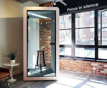 Silent space | New phone booth